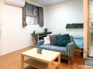 Spacious studio nearby Taipei Arena MRT Station