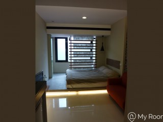 Designer studio near by MRT Xinpu 3min