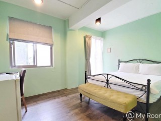 Zhongshan Studio near MRT Xingtian Temple station