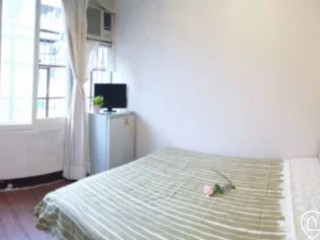 A beautiful and cozy studio walking 4 min to Zhongxiao Dunhua MRT Station